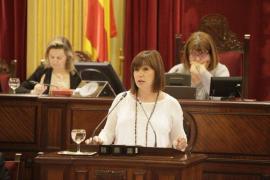 Armengol propone a los grupos políticos redactar antes de verano un borrador de financiación