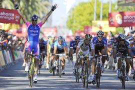 El italiano Petacchi se hace con la séptima etapa de la vuelta