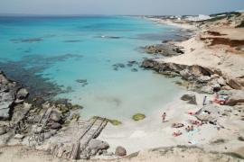 El Govern, sobre las banderas azules: «Tenemos las mejores playas del mundo»