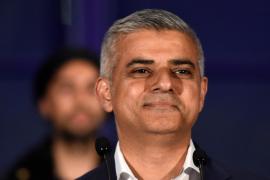 El laborista Sadiq Khan se convierte en el primer alcalde musulmán de Londres