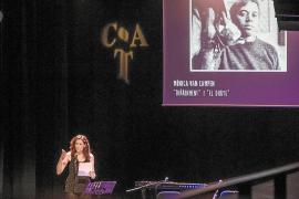 Guillem d'Efak, protagonista de un emotivo homenaje en Barcelona