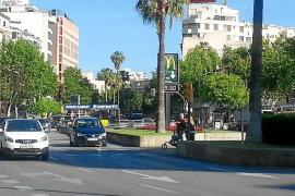 Cort regulará los semáforos de Avenidas para que se puedan cruzar de una vez