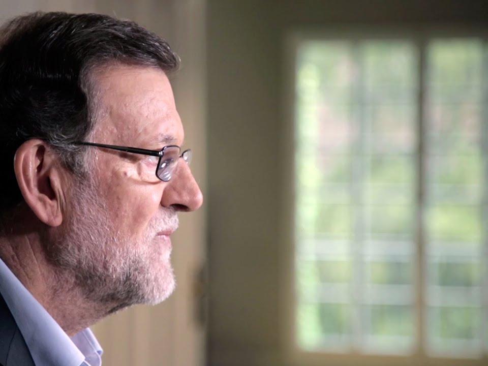 Rajoy inicia la precampaña con un vídeo cuyo lema es «España en serio»