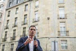 Sánchez pide concentrar los votos en el «gran partido del cambio» para ganar al PP