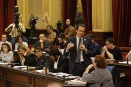 El Govern pedirá a Fomento sustituir el descuento de residente por la tarifa plana