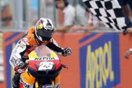 Pedrosa vuelve a ganar a Lorenzo