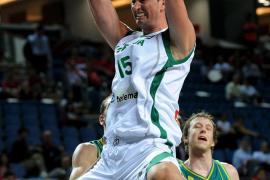 Eslovenia arrolla a Australia y se clasifica para cuartos