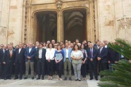 El Govern y la sociedad civil, juntos por un nuevo REB