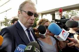 Neira acepta una multa y la retirada  del carné y pedirá a Aguirre que le cese