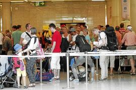 Touroperadores y hoteleros paran ventas para evitar el 'overbooking'