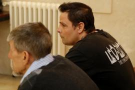 Uno de los acusados por el crimen en Pollença: «Maté al hombre con este hacha yo solo»
