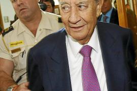 Villar Mir acusa a Castro de investigar «a ver qué sale» en Son Espases