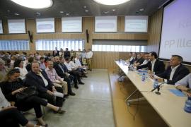Vidal renovará la cúpula del PP y quitará a Delgado y a otros cargos de Bauzá