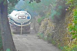 La sequía obliga a Banyalbufar a llevar agua en camiones para abastecer al municipio