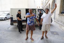'Los Bustamante': «Nosotros jugamos al trile, no nos dedicamos a robar»