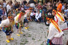Danzas ancestrales en Manacor