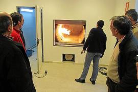 El horno crematorio de Sóller incumple la normativa ambiental vigente