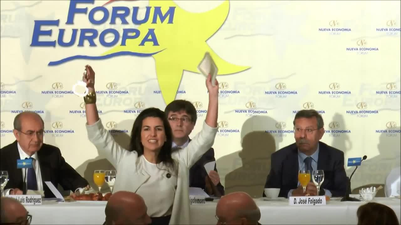 Puigdemont, escoltado por la Policía en Madrid ante los abucheos de Vox
