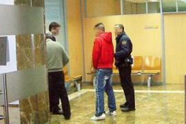 El juez ordena el ingreso en prisión del acusado de violar a una mujer en Palma