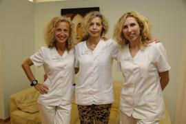 Mujeres que ayudan a otras a conocer mejor su cuerpo y las enfermedades