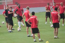 El Sporting se presenta ante su afición contra el Mallorca, en un Molinón remozado