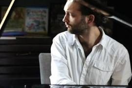 El pianista ucraniano Danylo Saienko actúa en Valldemossa