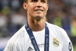 Ronaldo pasa sus vacaciones en Ibiza