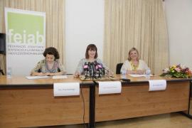 El Govern presenta un plan de autonomía para jóvenes extutelados