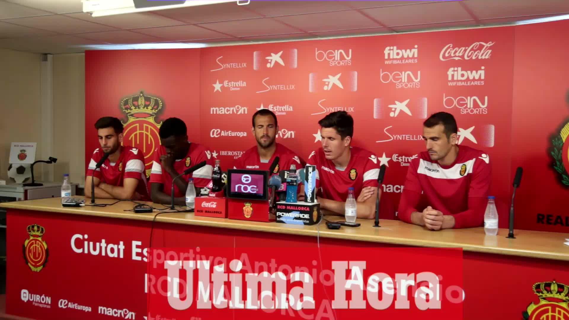 Los capitanes del Mallorca se muestran convencidos: «Si ganamos conseguiremos la permanencia»