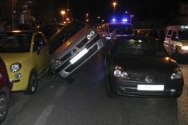 Espectacular accidente en el Passeig Marítim