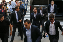 Messi llega al juicio por fraude fiscal arropado por el Barça