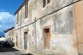 La Parroquia de Sencelles pone a la venta Can Garrover, sede del antiguo teatro