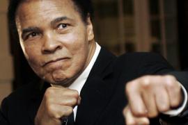 Hospitalizan a Muhammad Ali por problemas respiratorios