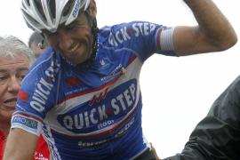 Carlos Barredo gana en la ascensión  a los Lagos de Covadonga y Nibali sigue líder
