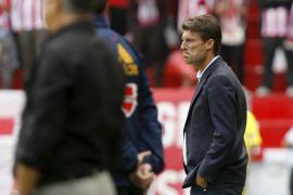 Laudrup reconoce sentirse preocupado por la falta de gol de su equipo