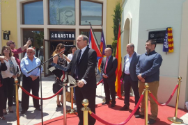 El embajador cubano pide «paciencia» a Baleària para enlazar Miami y La Habana