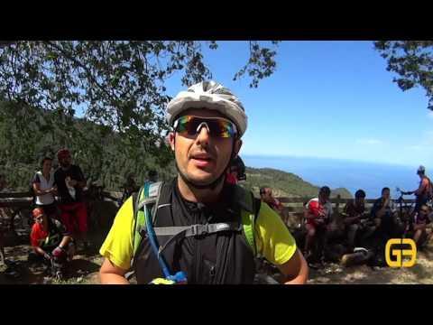 Un centenar de aficionados a la bicicleta de montaña pide libre acceso a los caminos