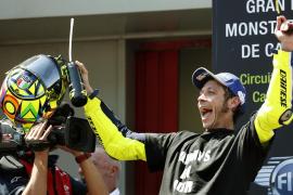 Rossi gana en Montmeló, Lorenzo cae y Márquez es el nuevo líder del Mundial