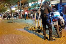 Operativos policiales contra los vendedores ambulantes en la Platja de Palma