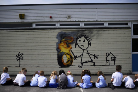 Banksy regala un mural a una escuela de primaria