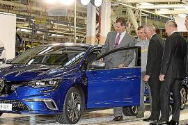 S.M. el Rey de España visitó Renault Palencia