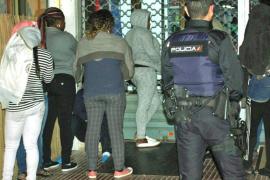 Cinco detenidos, acusados de explotar a prostitutas nigerianas en la Platja de Palma