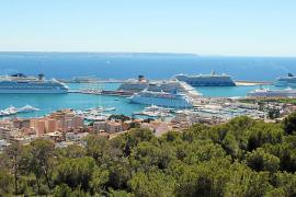 El Govern quiere evitar la presencia masiva de cruceros en el Port de Palma