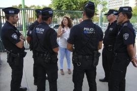 Cort aprueba una decena de iniciativas sobre la Policía Local
