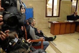 El informador de la banda de paramilitares denuncia a su excuñado por amenazas