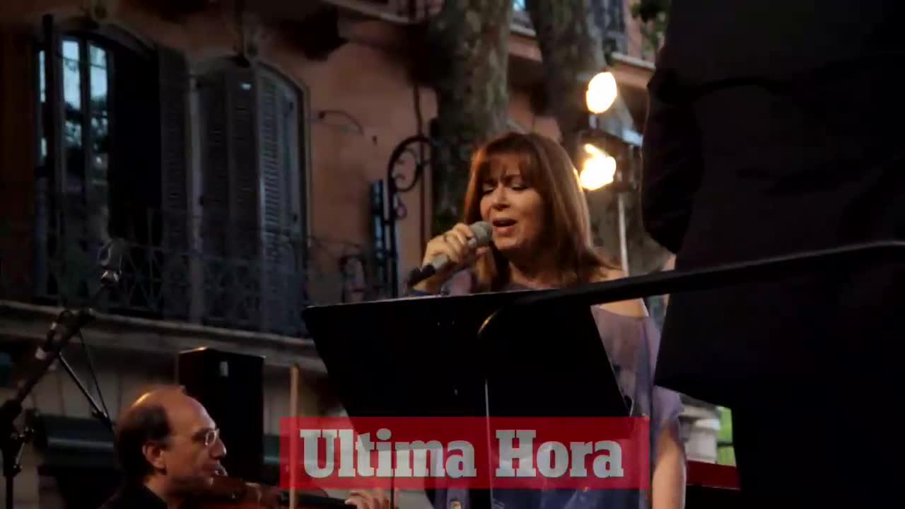 La Orquestra Simfònica y Maria del Mar Bonet llenan el Passeig del Born