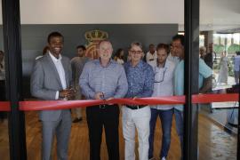 Robert Sarver inaugura el 'Players Lounge' de Son Bibiloni