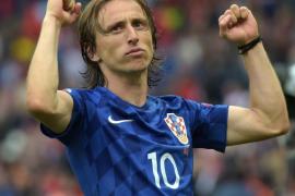 Un solitario tanto de Modric sirve a Croacia para imponerse a Turquía