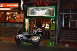 La Policía Local pone orden en los clubs de alterne de la Platja de Palma