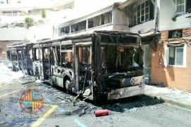 Incendio de un autobús en Illetes